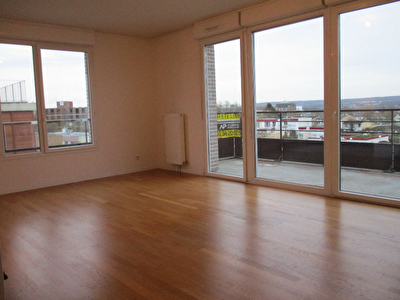 Photo n° 0 - Appartement Cergy 3 pièce(s) 69.50 m2
