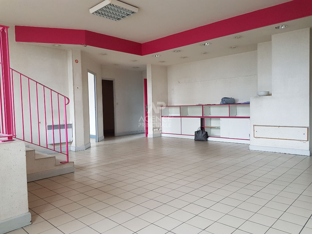 Local commercial Pontoise 135 m2